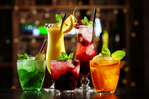 bigstock-glasses-of-cocktails-on-bar-ba-88214600-513x342